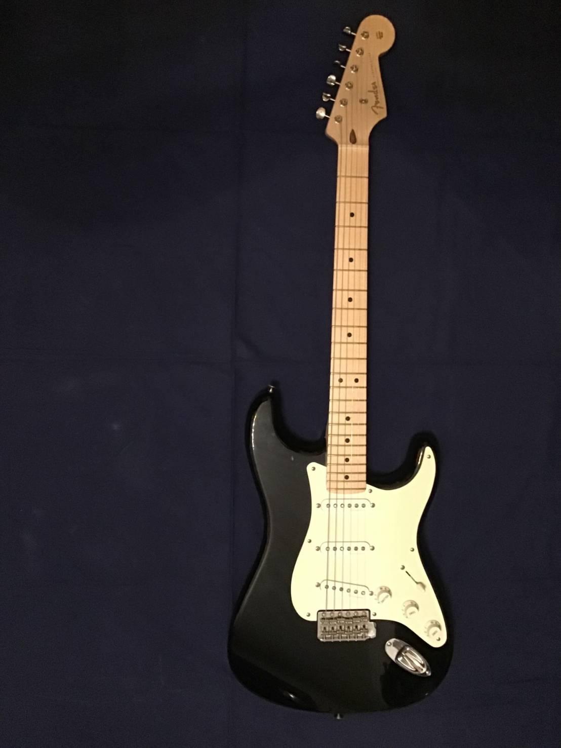 Fender eric clapton custom shop blackie
