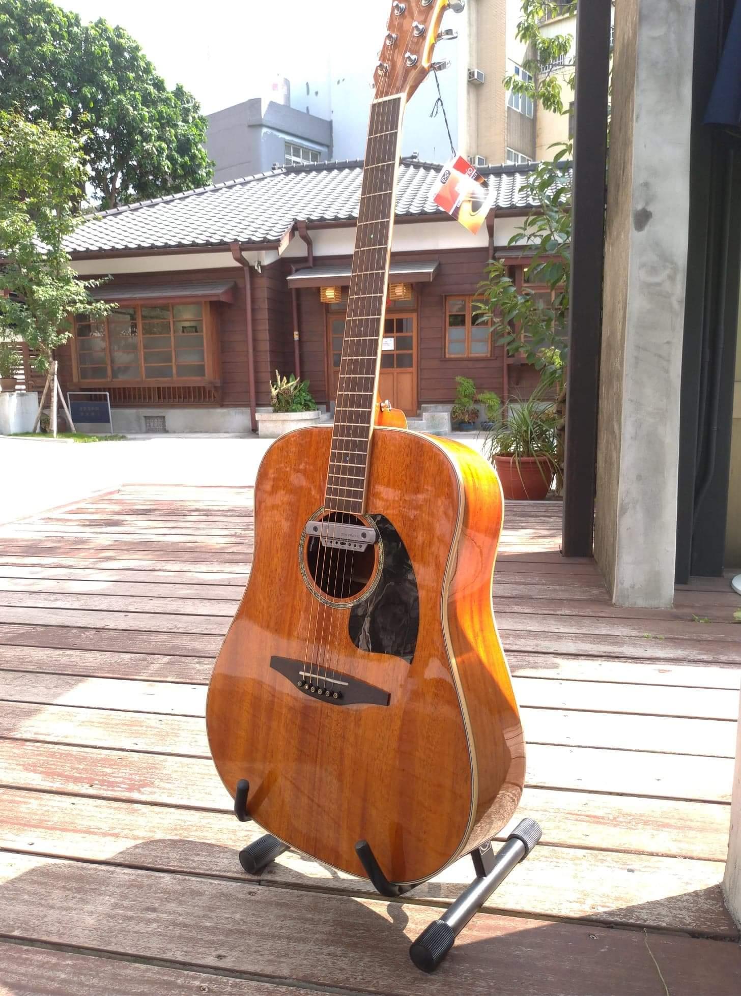 超值桃花心全單電木吉他