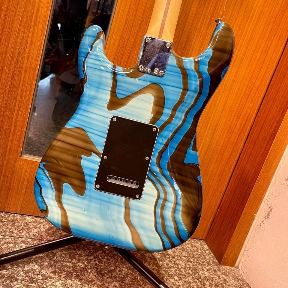 Fender Standard Stratocaster HSS Swirl (Made in Mexico)
