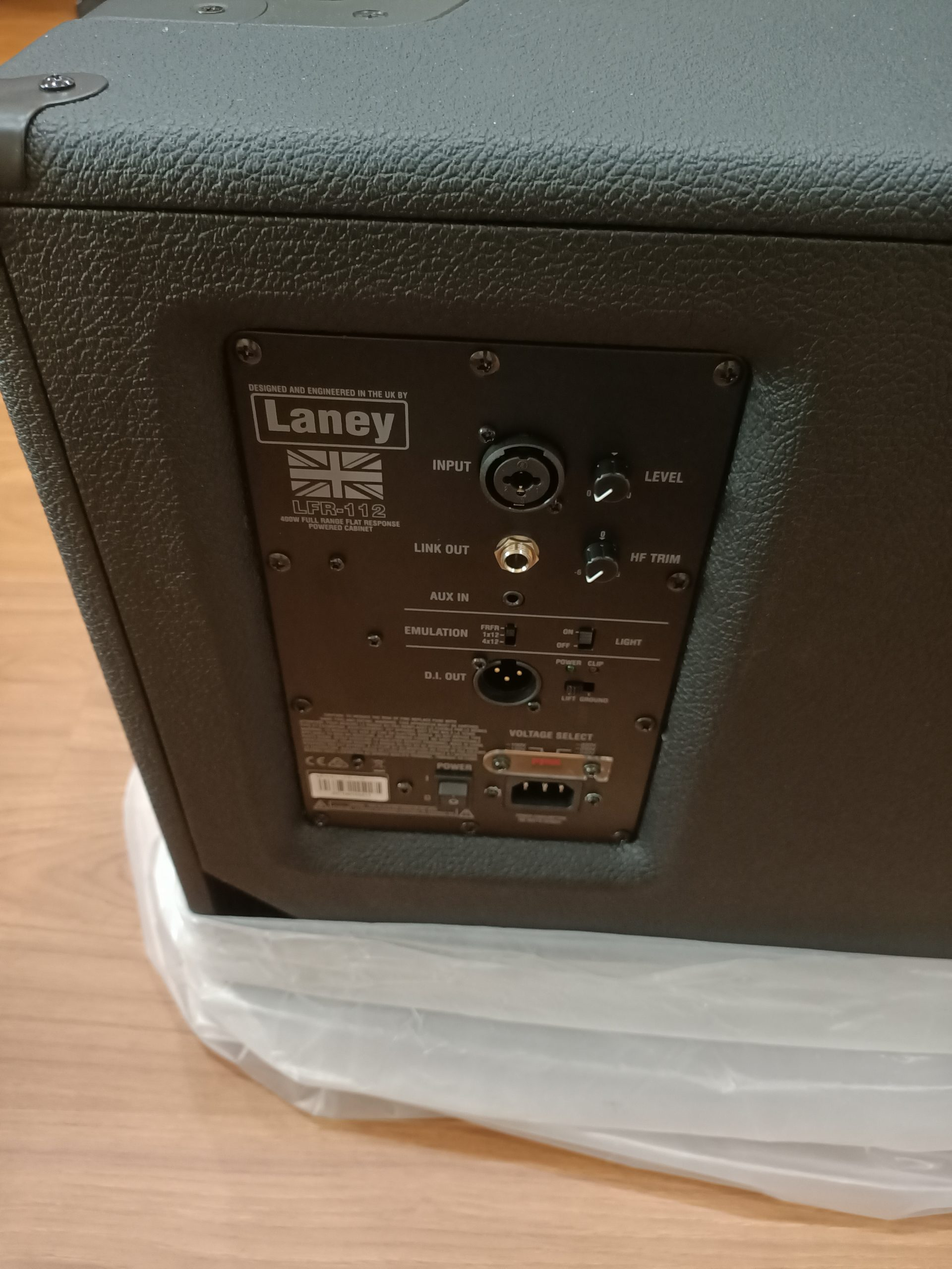 Laney LFR-112 400 Watt FRFR Powered Cabinet